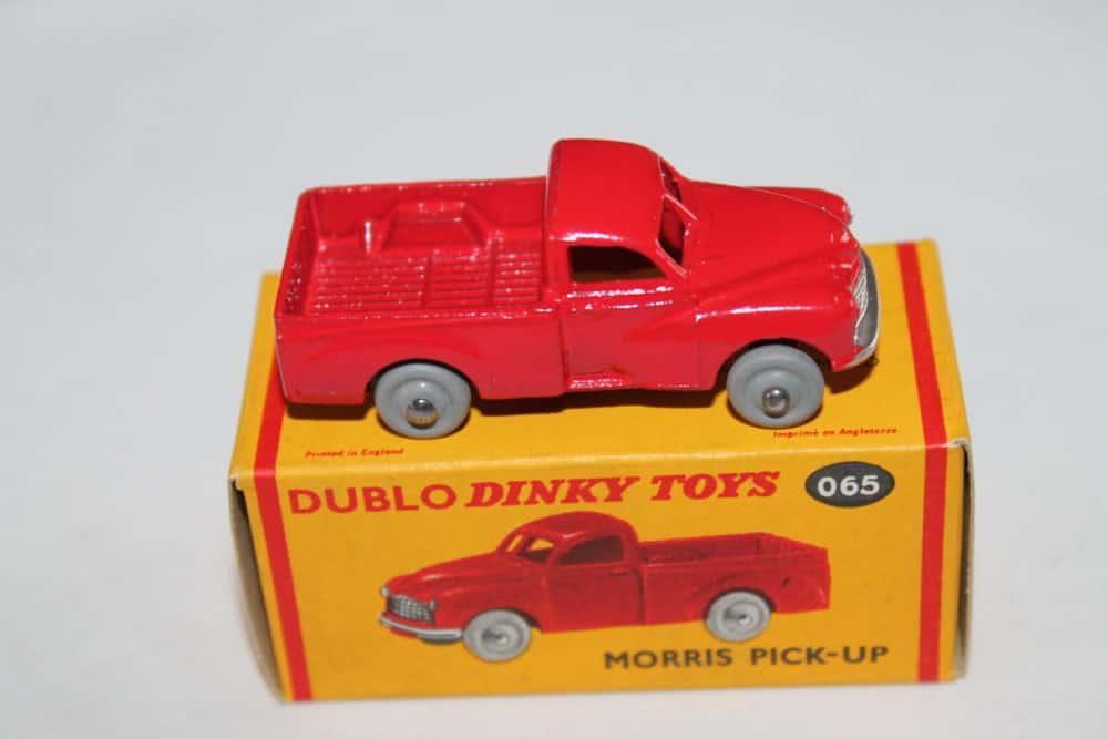 Dublo Dinky Toy 065 Morris Pick Up-side