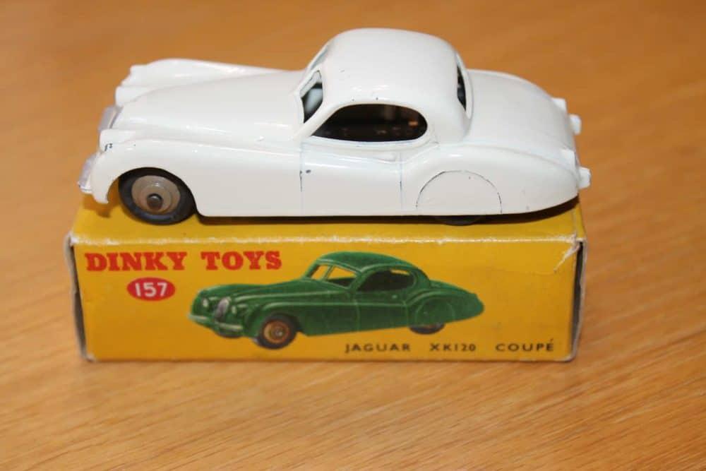 Dinky Toys 157 Jaguar XK120 White