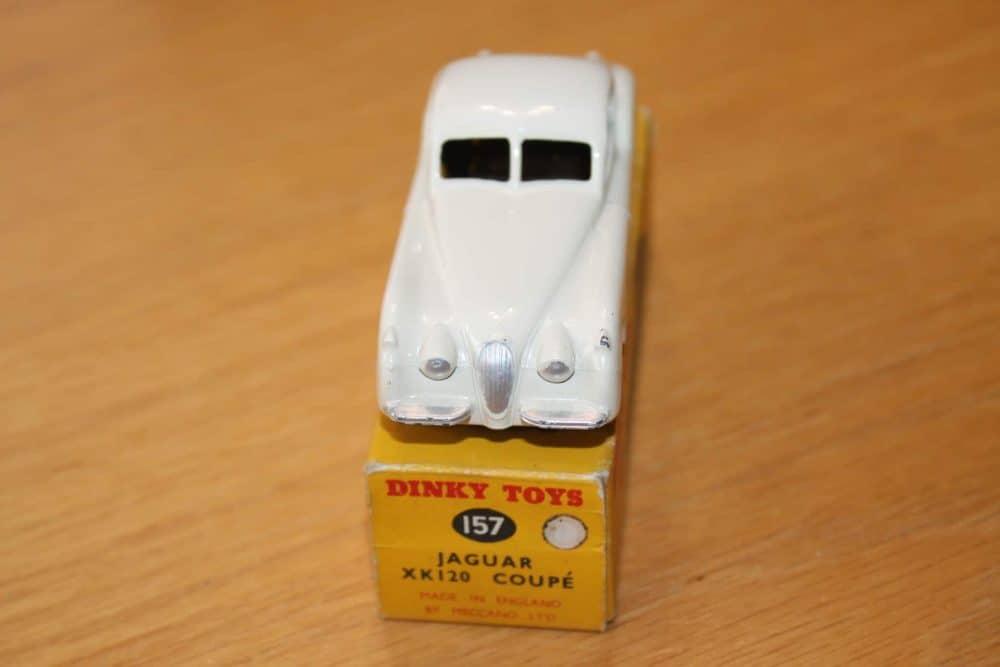 Dinky Toys 157 Jaguar XK120 White-front