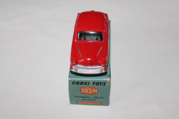 Corgi Toys 203M Vauxhall Velox Mechanical-front