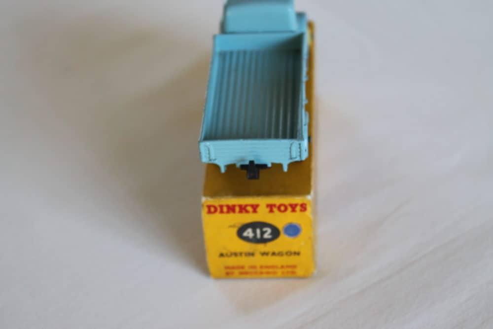 Dinky Toys 412 Austin Wagon-back