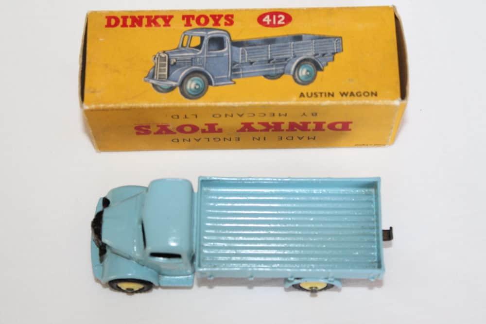Dinky Toys 412 Austin Wagon-top