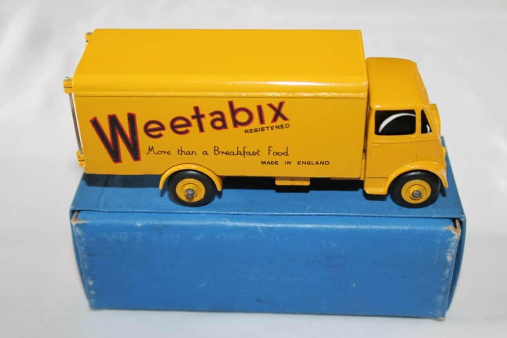 Dinky Toys 514 Guy Weetabix Van-side