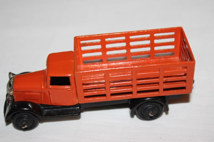 Dinky Toys 025F Market Gardners Lorry Type 4