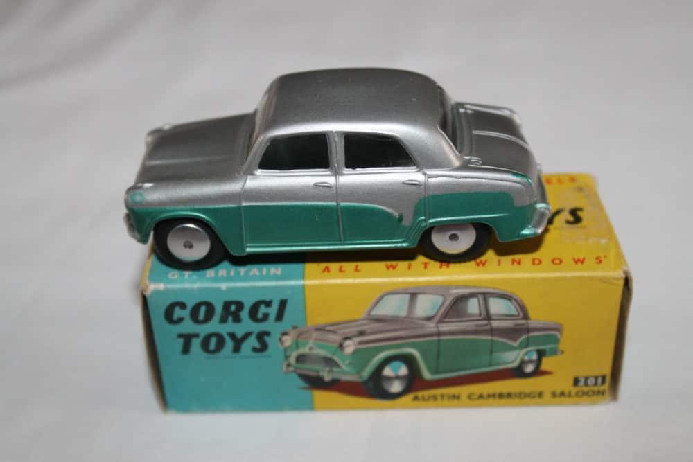 Corgi Toys 201 Austin Cambridge
