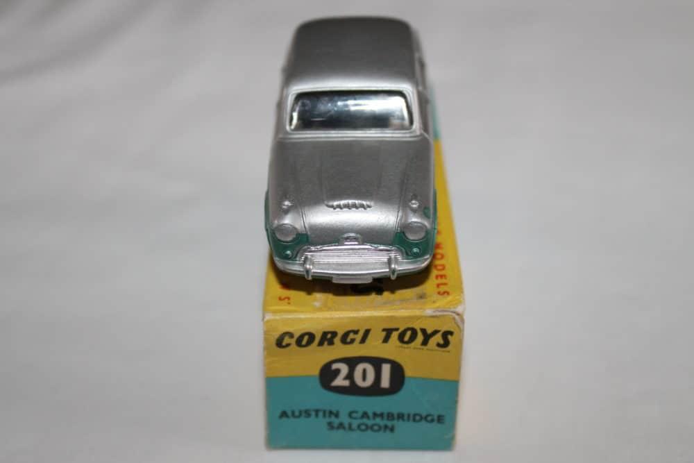 Corgi Toys 201 Austin Cambridge-front