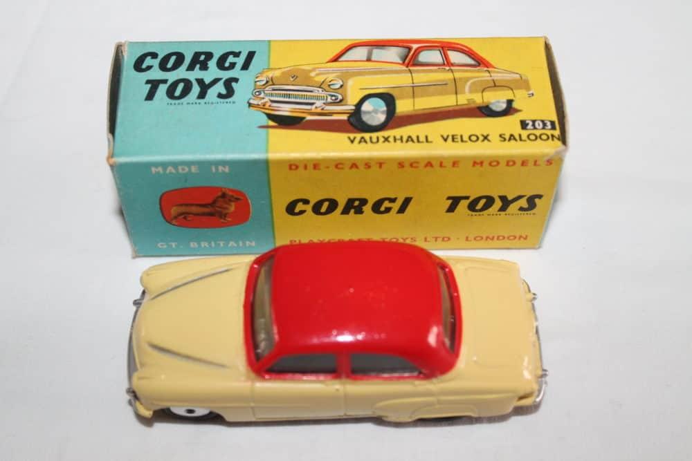 Corgi Toys 203 Vauxhall Velox Saloon-top