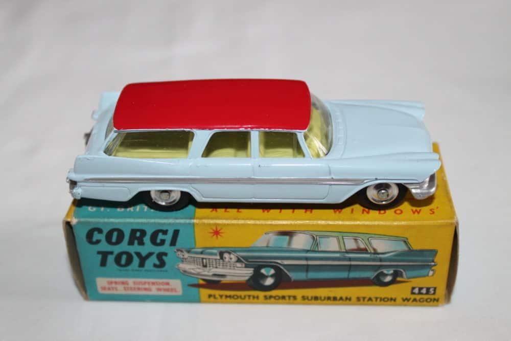 Corgi Toys 445 Plymouth Sports Suburban Station Wagon-side
