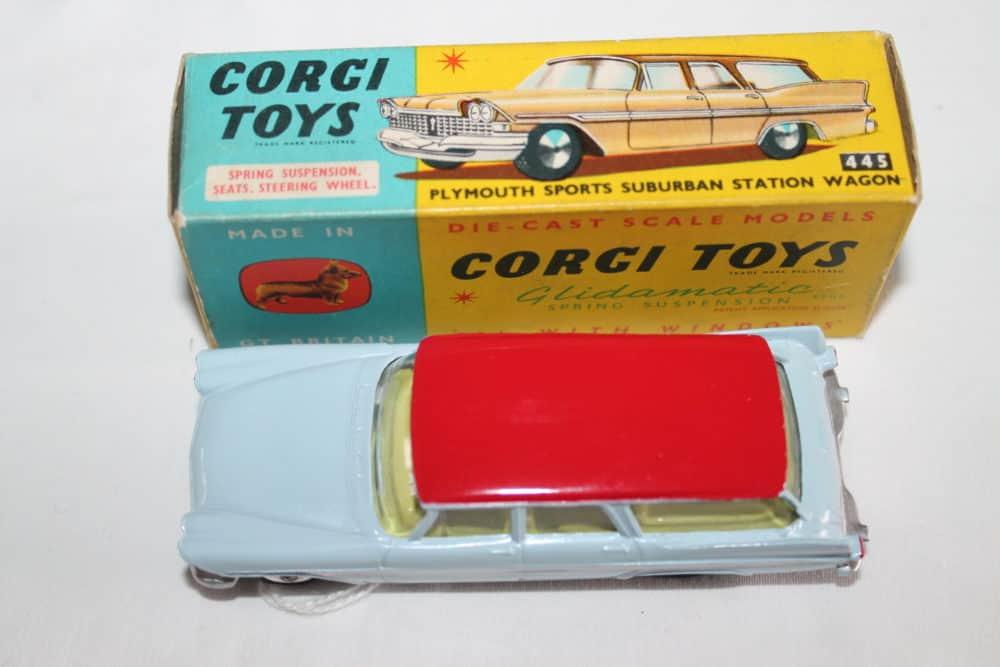 Corgi Toys 445 Plymouth Sports Suburban Station Wagon-top