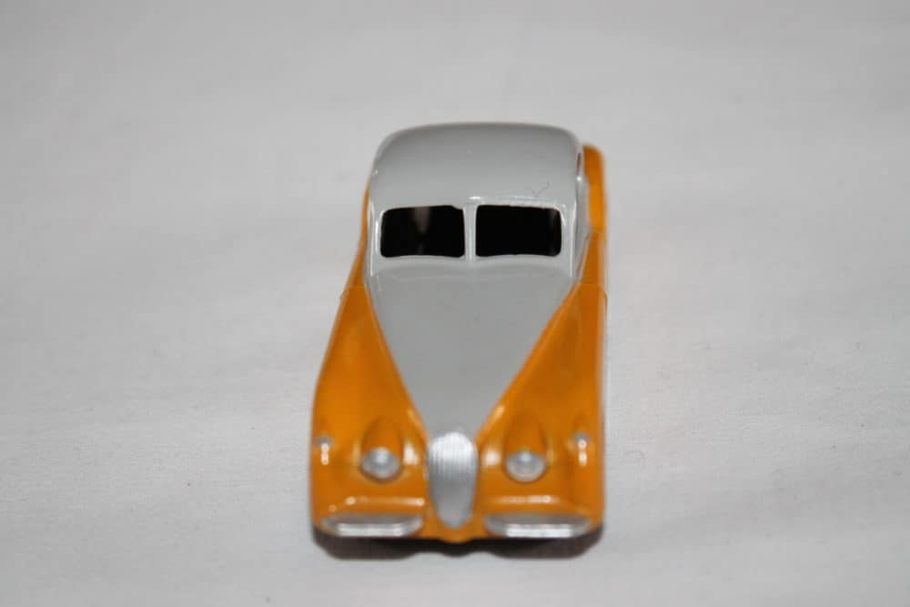 Dinky Toys 157 Jaguar XK 120-front