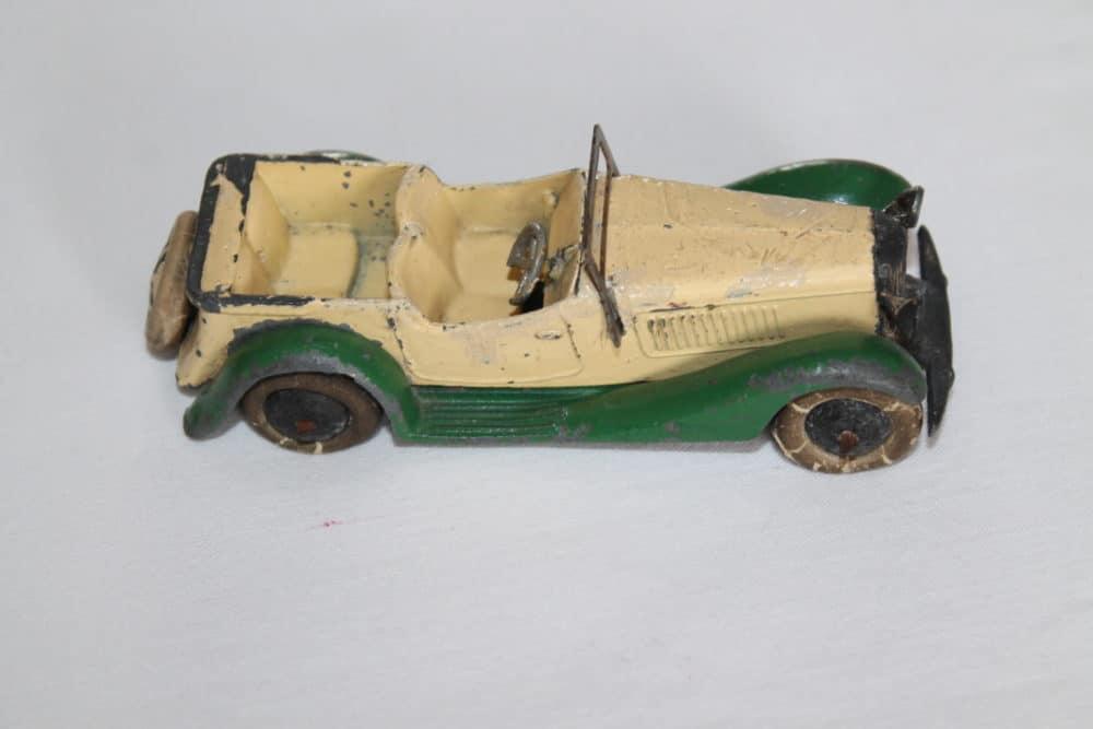 Dinky Toys 24g Sports Tourer 4 Seater Pre-War-side