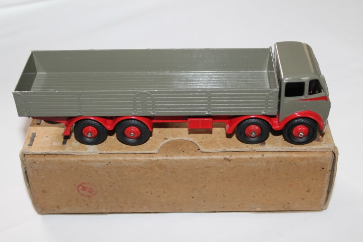 Dinky Toys 501 1st Cab Foden 8 Wheel Wagon-side