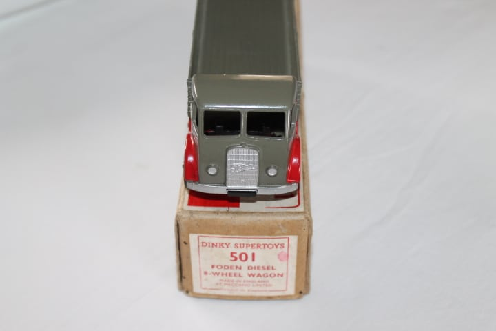 Dinky Toys 501 1st Cab Foden 8 Wheel Wagon-front