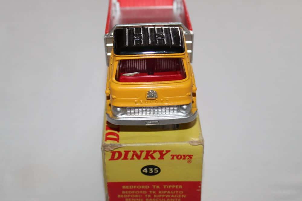 Dinky Toys 435 Bedford TK Tipper-front