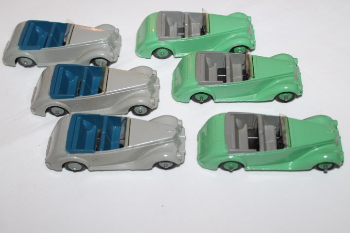 Dinky Toys 036E Armstrong Siddeley Trade Box of Six-rightsides