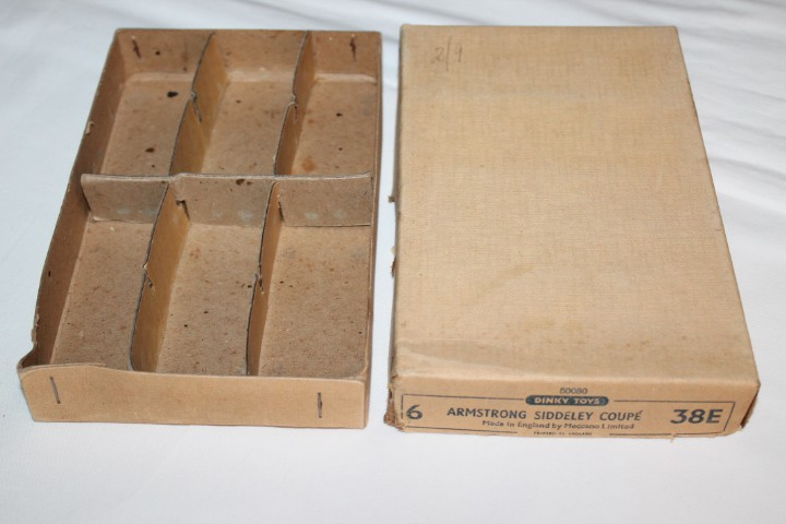 Dinky Toys 036E Armstrong Siddeley Trade Box of Six-box&dividers