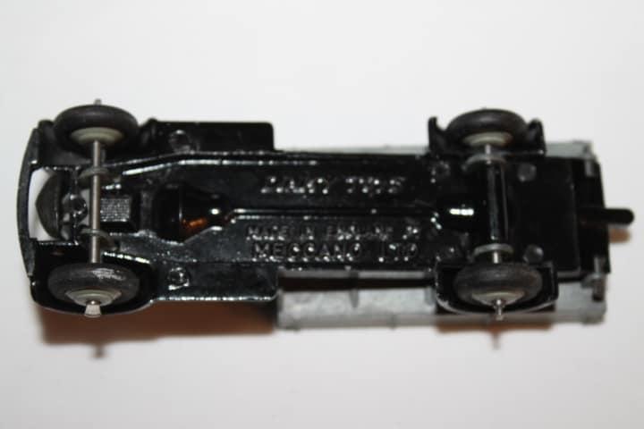 Dinky Toys 025E Tipping Wagon-base