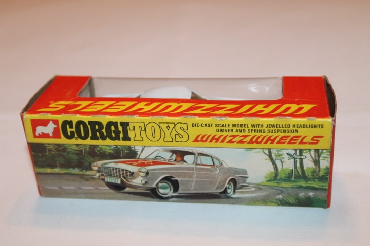 Corgi Toys 201 Volvo P.1800 The 'Saint's Car-Red Spot wheels-boxback