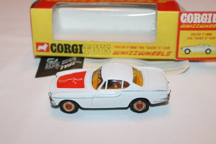 Corgi Toys 201 Volvo P.1800 The 'Saint's Car-Red Spot wheels-leftside