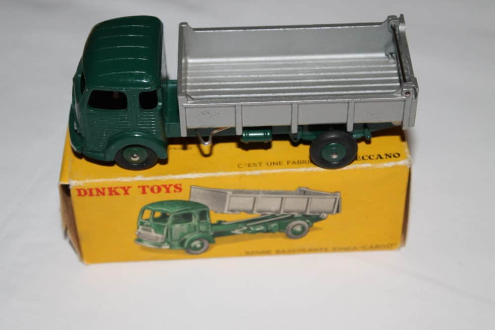 French Dinky Toys 033B Simca cargo Truck