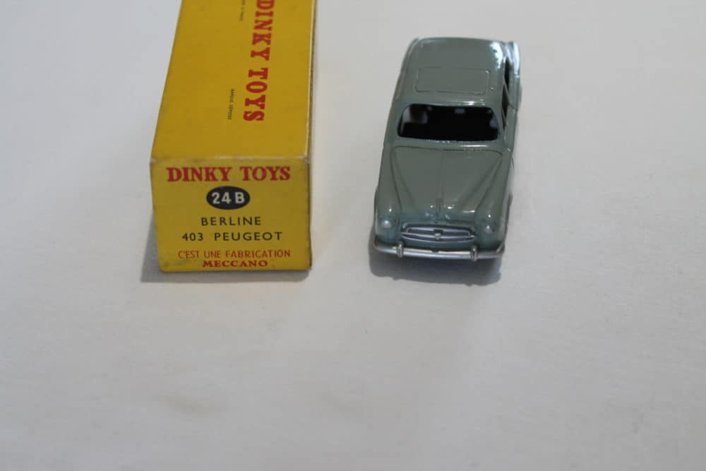 French Dinky Toys 024B Berline 403 Peugeot