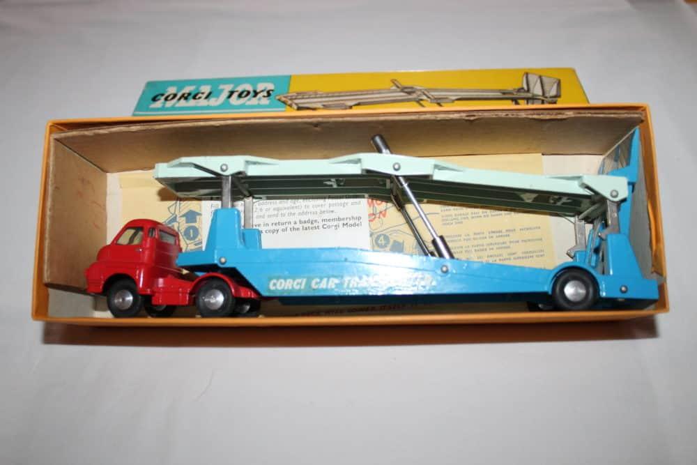 Corgi Toys 1101 Bedford Car Transporter