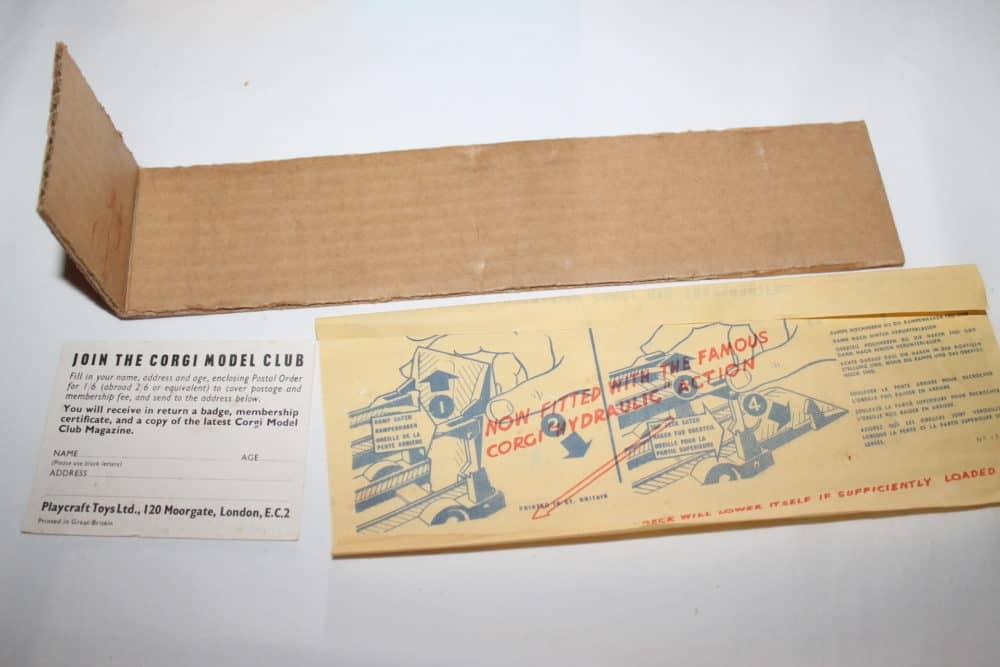 Corgi Toys 1101 Bedford Car Transporter-leaflets
