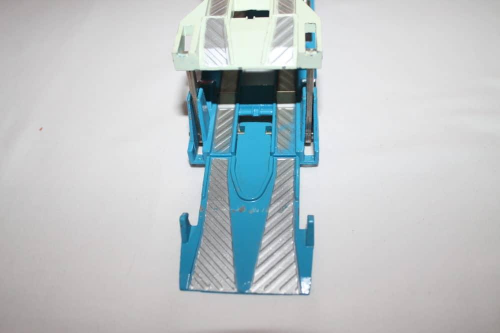 Corgi Toys 1101 Bedford Car Transporter-rampdown