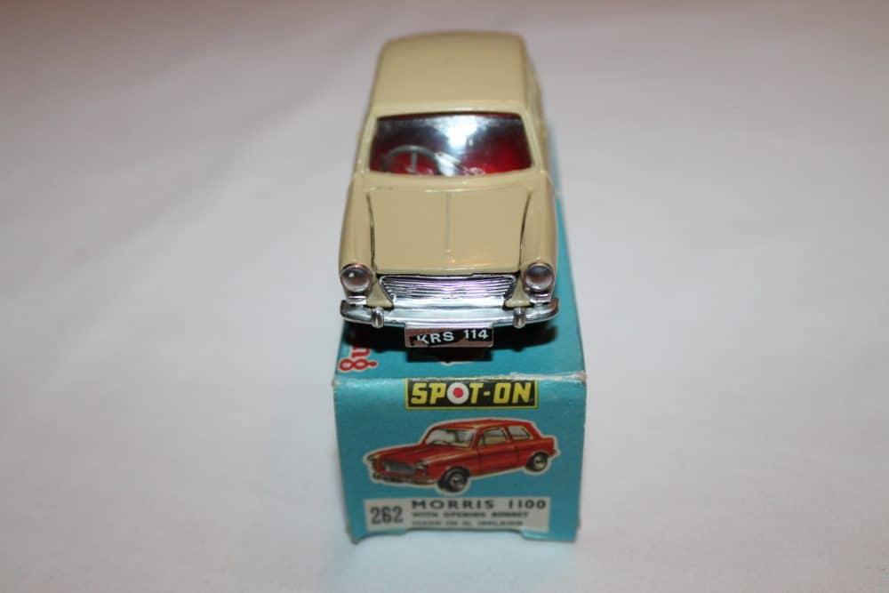 Spot-On 262 Morris 1100-front