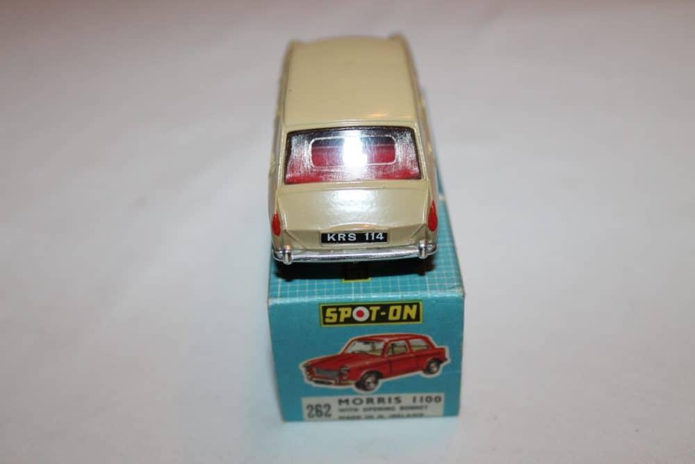 Spot-On 262 Morris 1100-back
