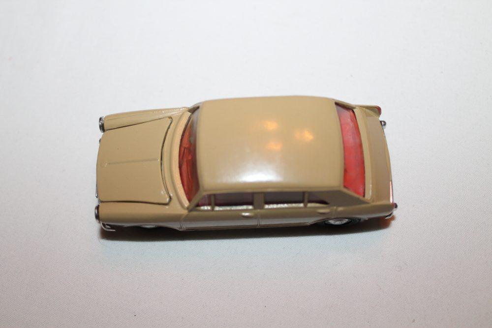 Spot-On 262 Morris 1100-top