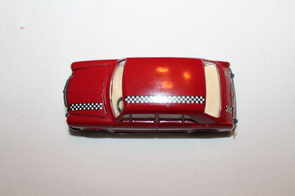 Tekno Toys 832 MG 1100-top