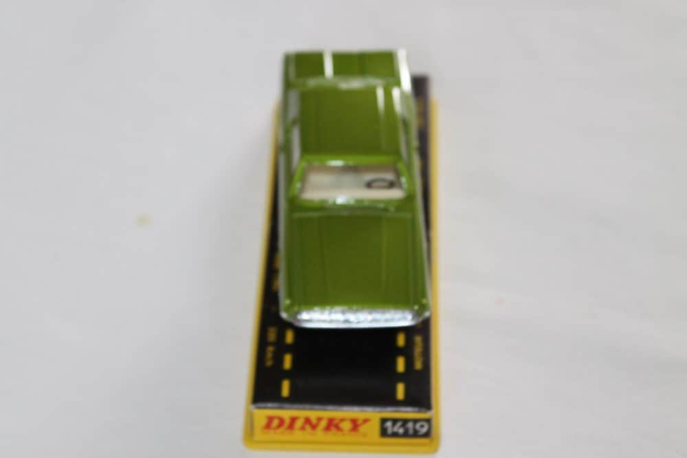 French Dinky Toys 1419 Ford Thunderbird Coupe-front