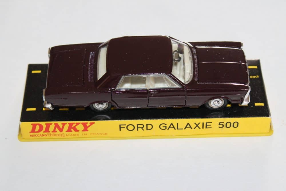 French Dinky Toys 1402 Ford Galaxie Metallic Deep Plum-side