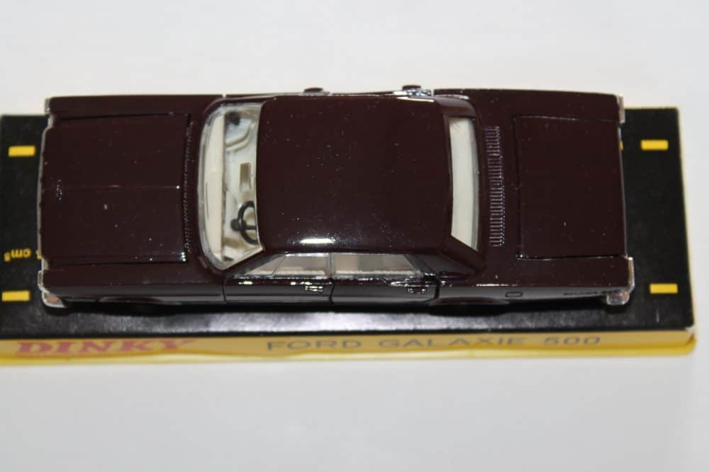 French Dinky Toys 1402 Ford Galaxie Metallic Deep Plum-top