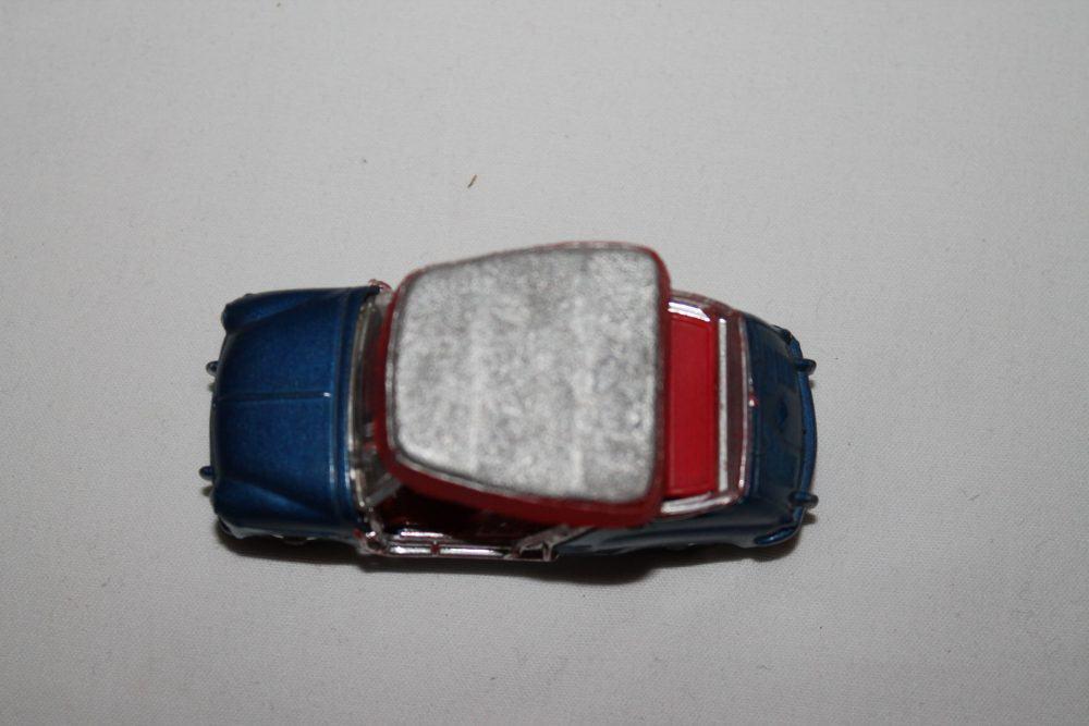 Corgi Toys 240 Ghia-Fiat Jolly 600-top