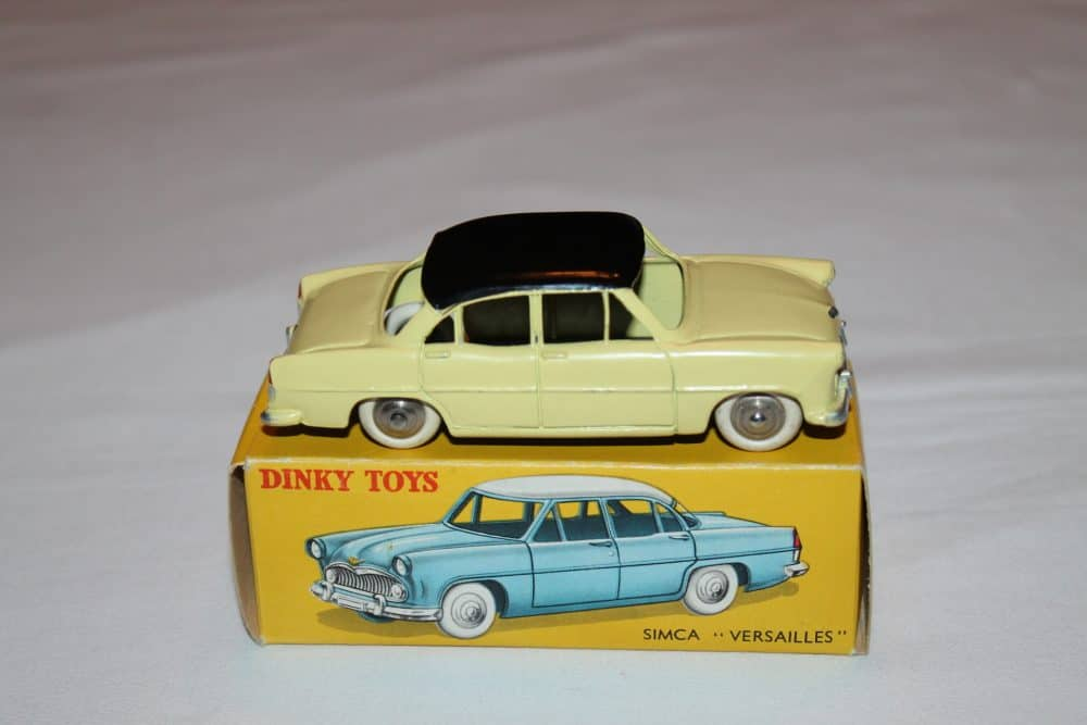 French Dinky Toys 024z Simca Versailles-side