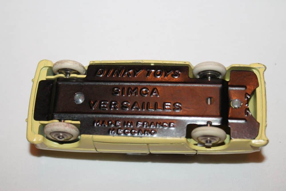 French Dinky Toys 024z Simca Versailles-base