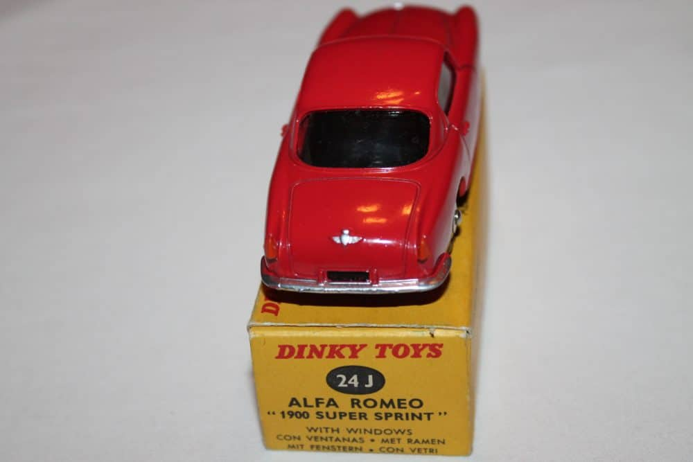 French Dinky Toys 024J Alfa Romeo 1900 Sprint-back