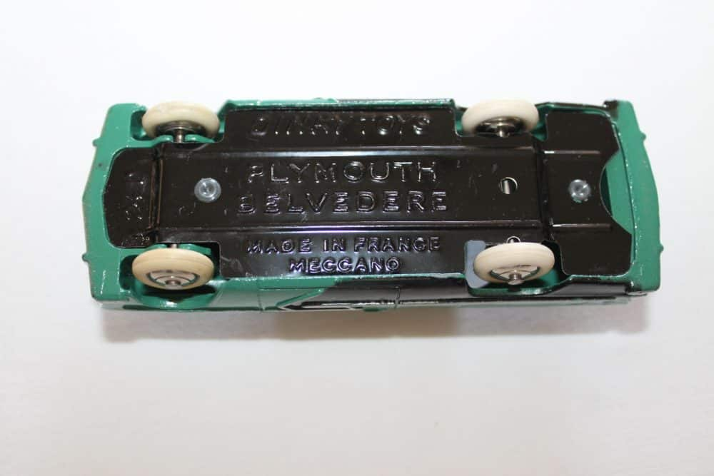 French Dinky Toys 024D Plymouth Belvedere-base