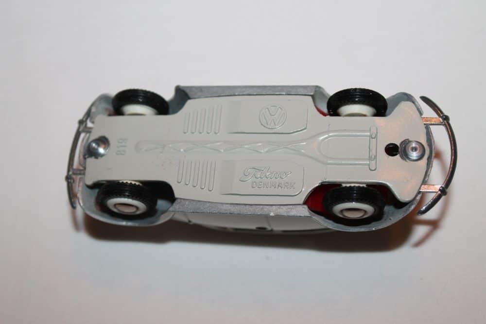 Tekno Toys 819 Volkswagen Beetle-base