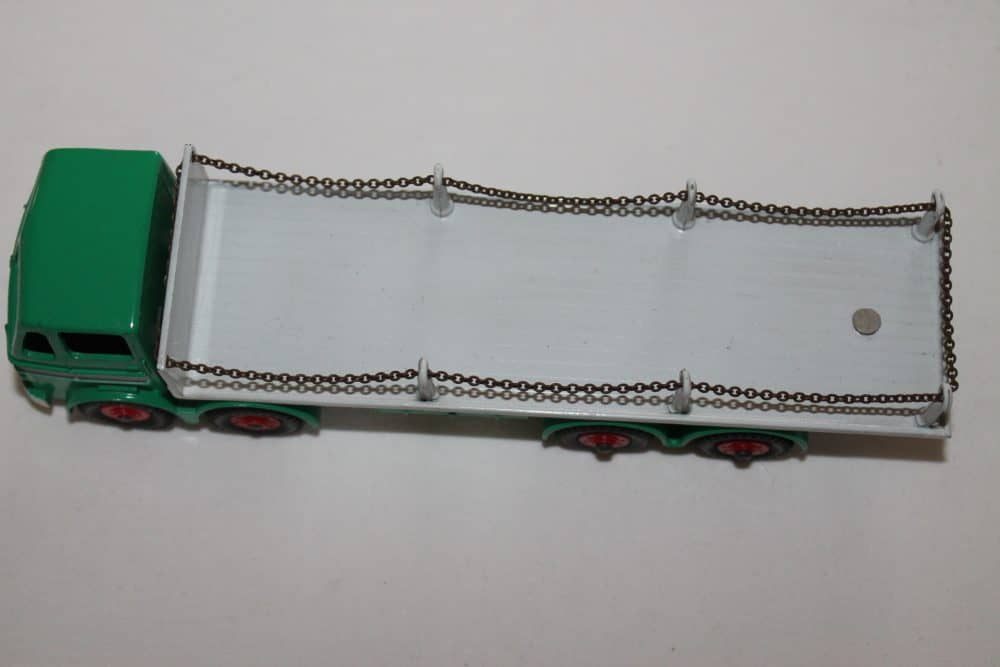 Dinky Toys 935 Leyland Octopus Chain Lorry-top