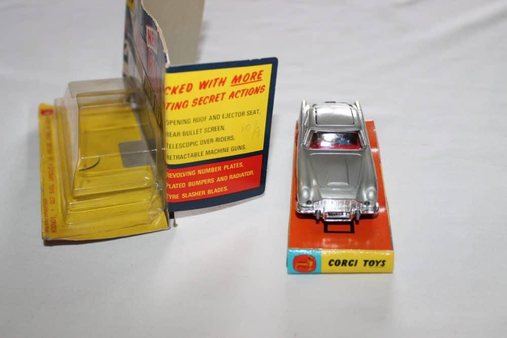 Corgi Toys 270 Silver James Bond Aston Martin 1st Issue Winged Box-front