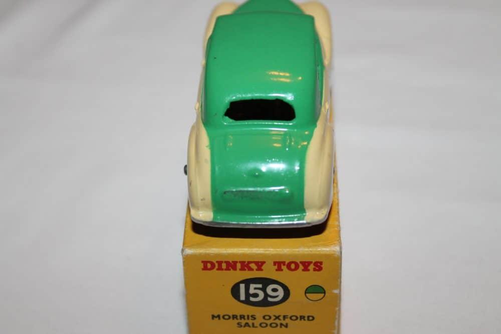Dinky Toys 159 Morris Oxford-back