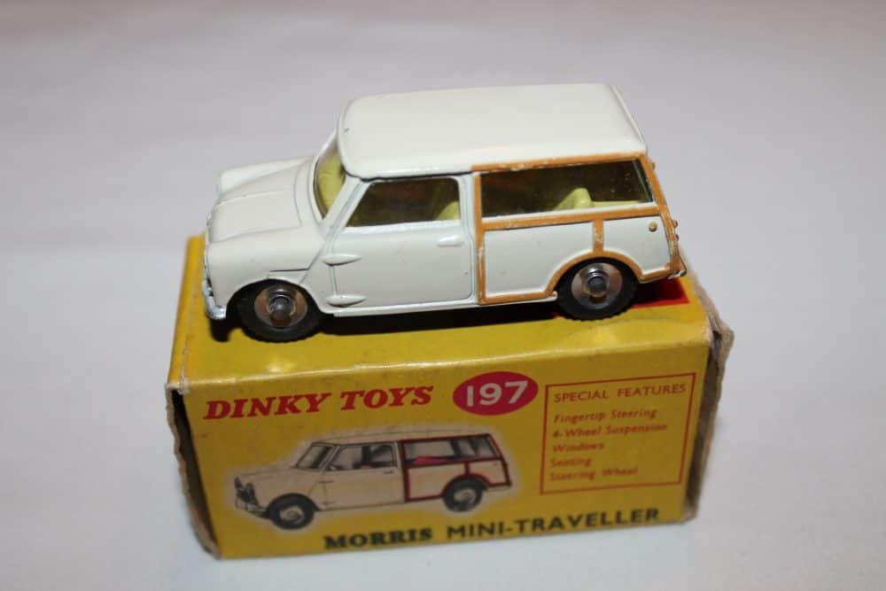 Dinky Toys 197 Morris Mini Traveller