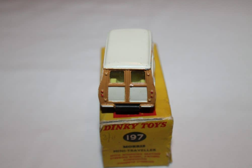 Dinky Toys 197 Morris Mini Traveller-back