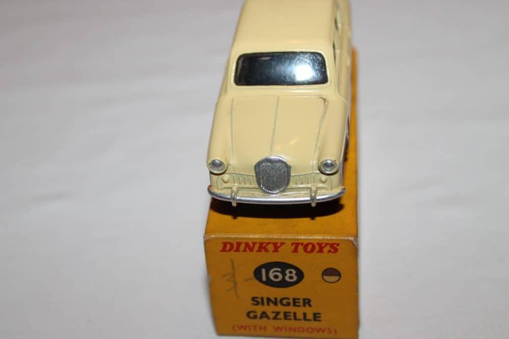 Dinky Toys 168 Singer Gazelle-front