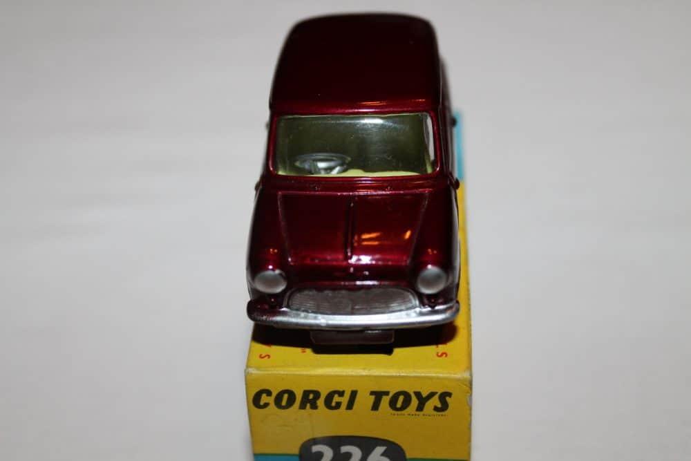Corgi Toys 226 Morris Mini Minor-front