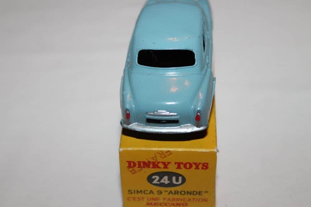 French Dinky 024U Simca 9 'Aronde'-back