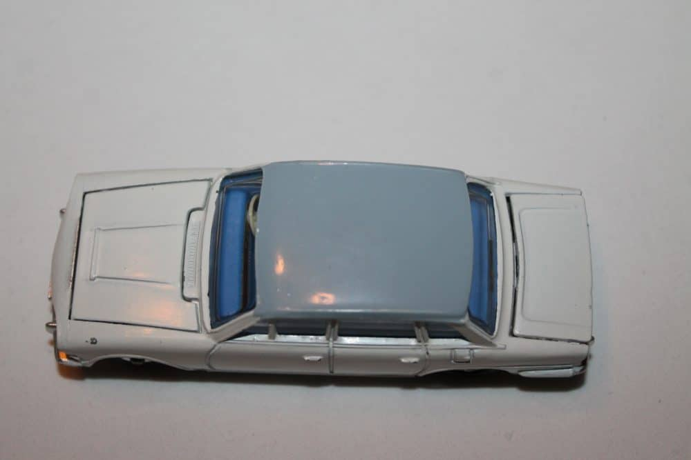 Dinky Toys 135 Triumph 2000 Rare Promotional-top